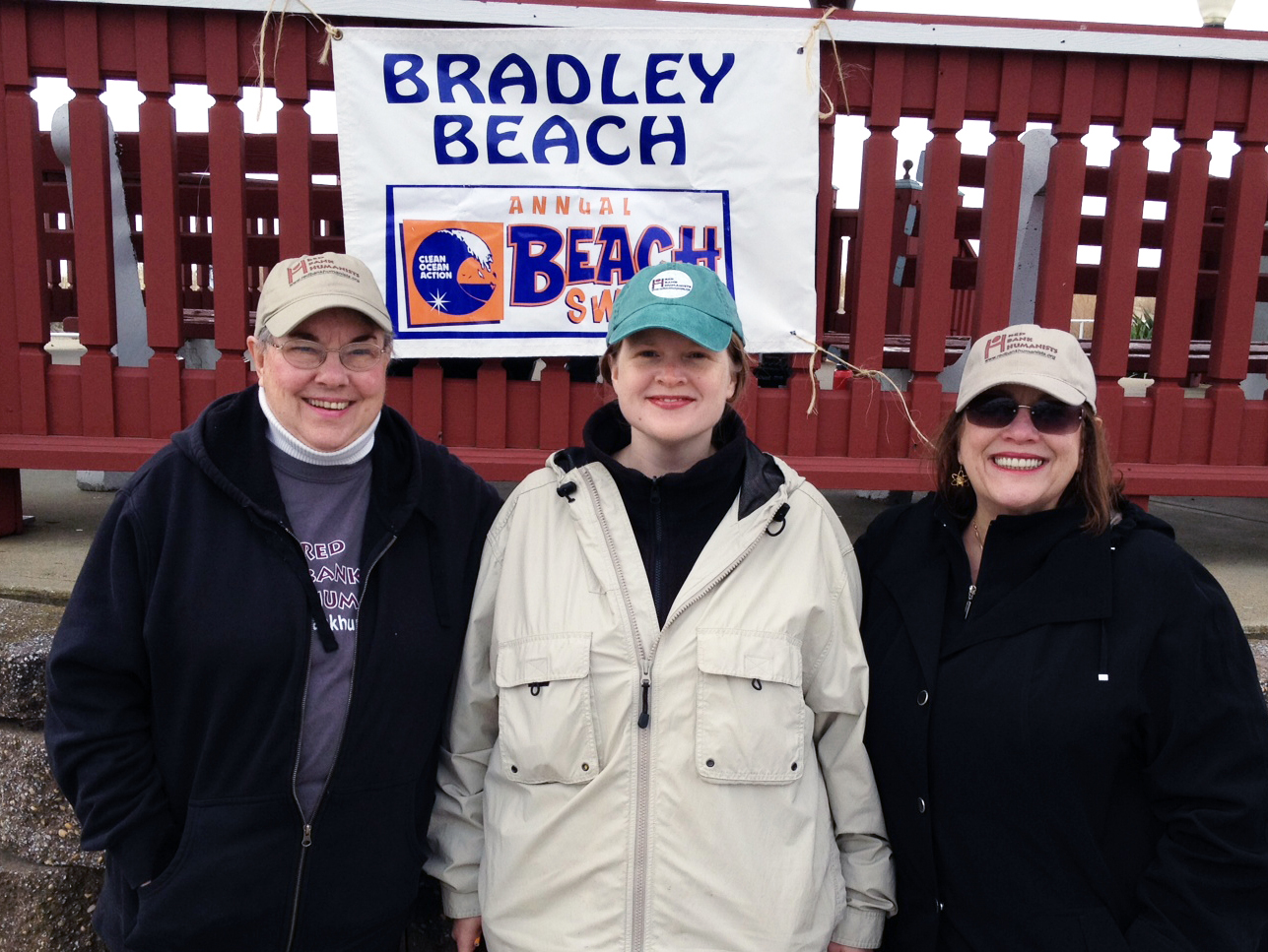2012_04_21_RBH_Apr2012_Beach_Sweep_02.jpg