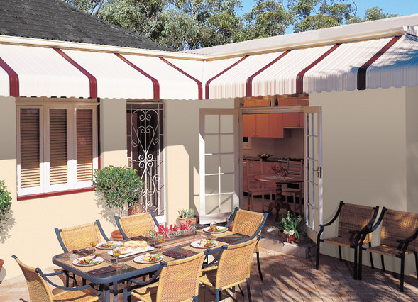 luxaflex-inspiration-fixed-metal-awnings