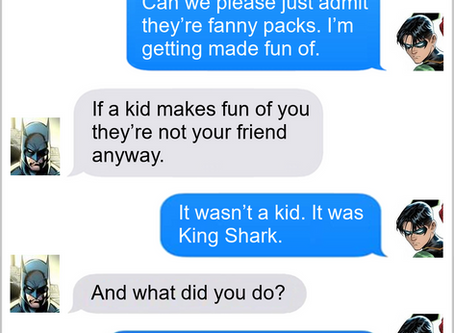 Texts From Superheroes: World's Greatest Fanny Pack