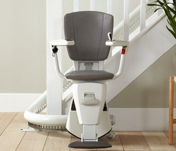 Curved Stairlift_edited