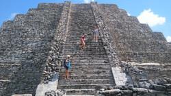 Climb the Pyramid !