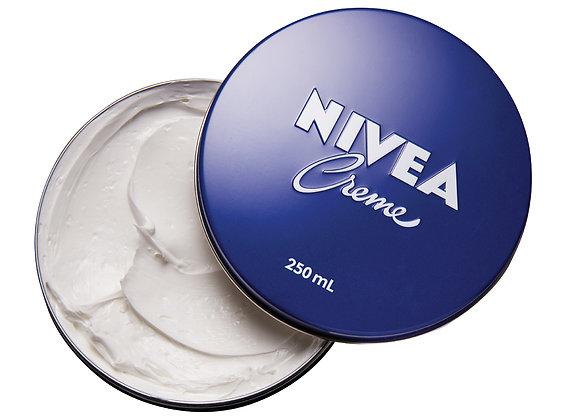 Free NIVEA Creme Tin