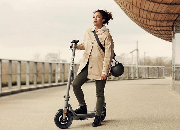 Free E-Scooter Pure Air Go