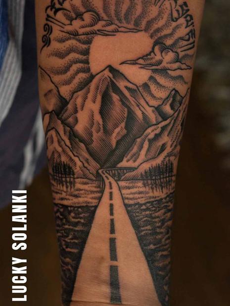 traveller-tattoo-mountain-tattoo-dotwork