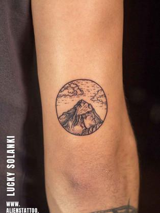 Traveller-tattoo-mountain-tattoo.jpg