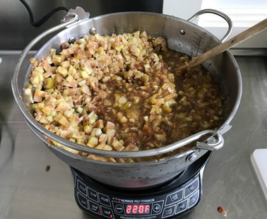 Making Fig, Honey and Lemon preserves