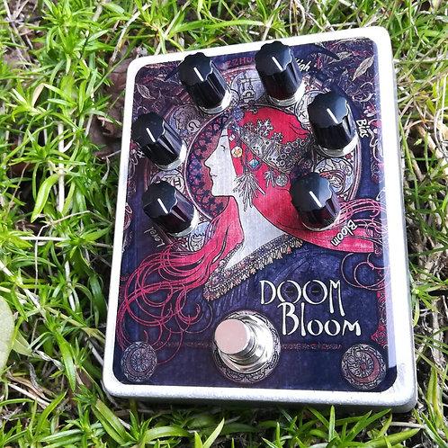 FuzzHugger Doom Bloom fuzz (Dlx. Finish)
