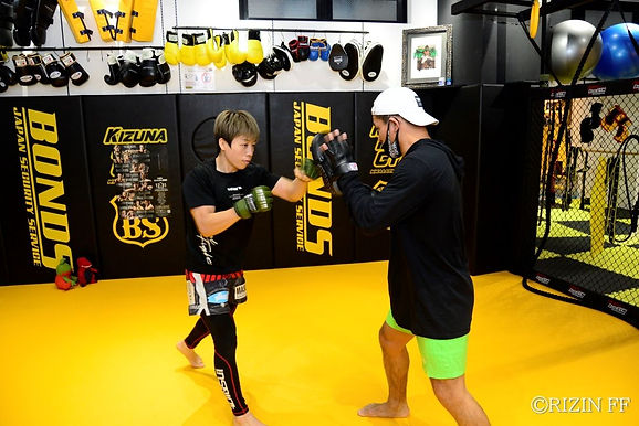 【RIZIN】浜崎朱加 公開練習「試合に勝ってみんなで喜びたい」