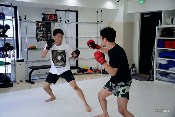 【RIZIN】朝倉海公開練習 「しっかり仕上げてど派手な試合を見せる。目標はUFCのチャンピオンなので近づきたい」