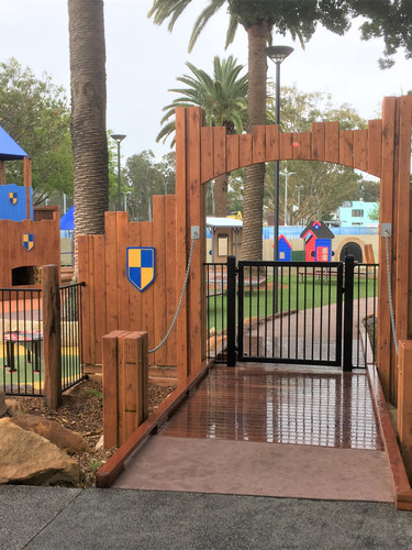 Custom Gate Entrance