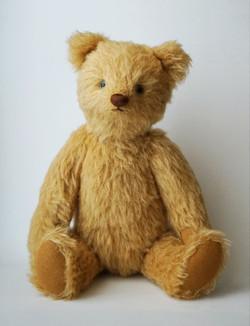 Yellow Bear © mina chape