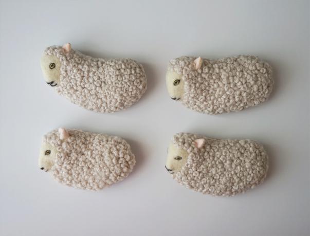 Sheep brooch © mina chape