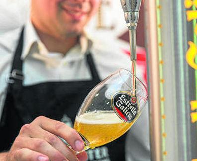 Estrella Galicia Tap beer.jpg