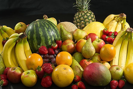 800px-Culinary_fruits_front_view.jpg
