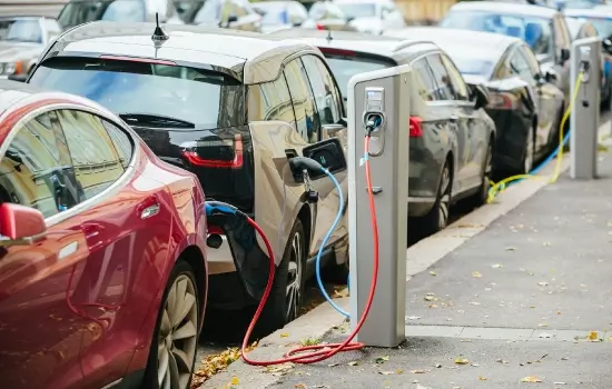How Much Does it Cost to Charge & Run an Electric Car_-2.png