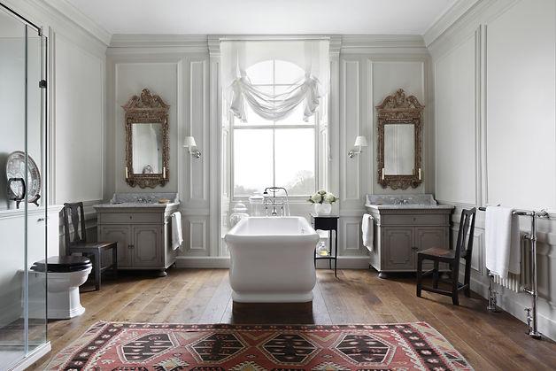 VSP Interiors-bathroom.jpg