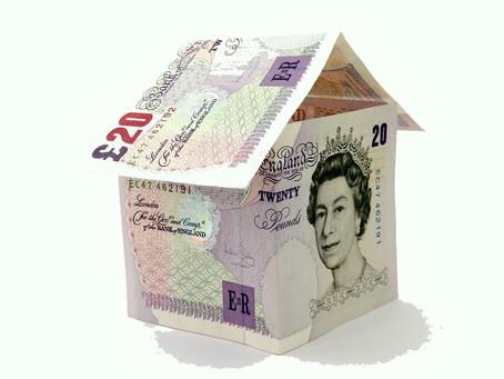 Britain: Annual House Prices Decline