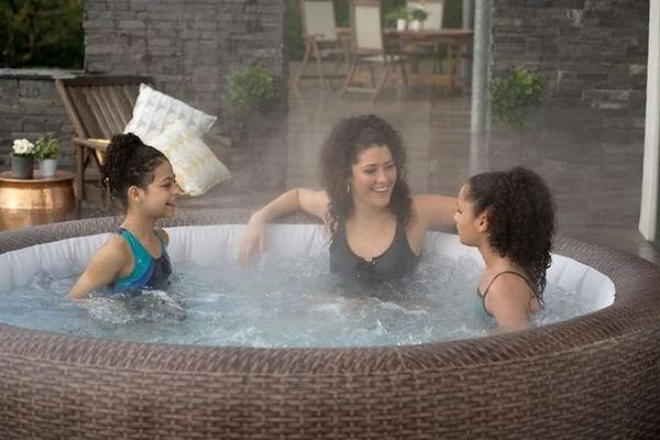 Hot Tubs Britain.jpg
