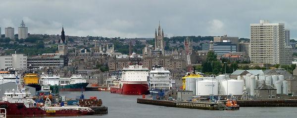 2880px-Aberdeen-Harbour-Skyline.jpg
