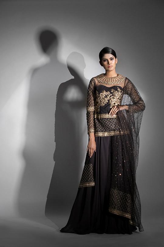 Shruti S shara suit.jpg