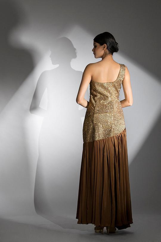 Shruti S antique gold gown.jpg