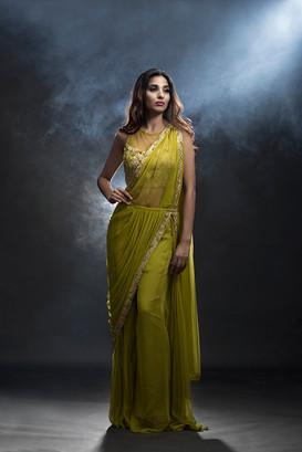 Shruti S bell-bottom saree.jpg