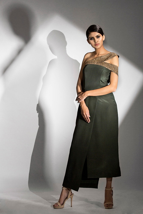 Shruti S red carpet dress.jpg