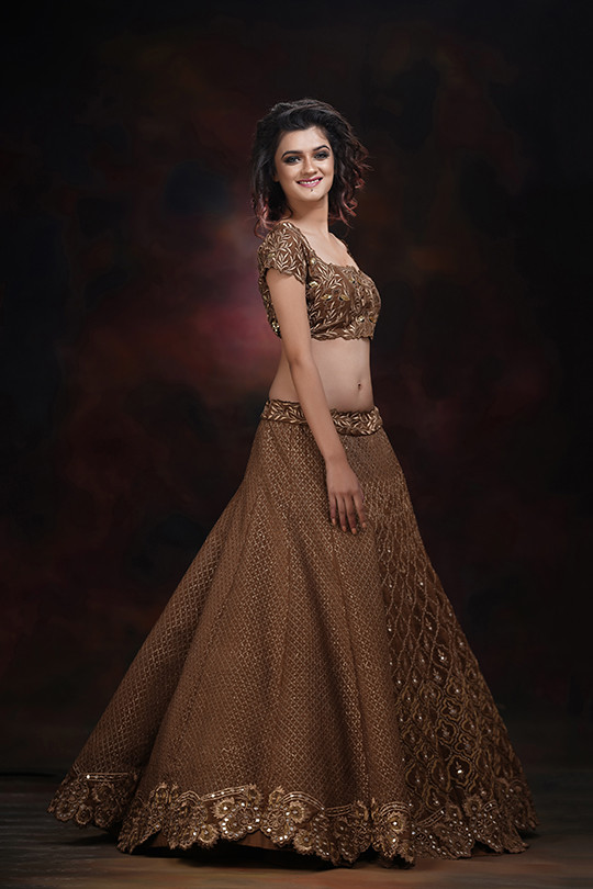 ShrutiS embroidered wedding lehenga.jpg