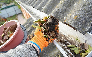 cleaninggutters3-1080x675.jpg