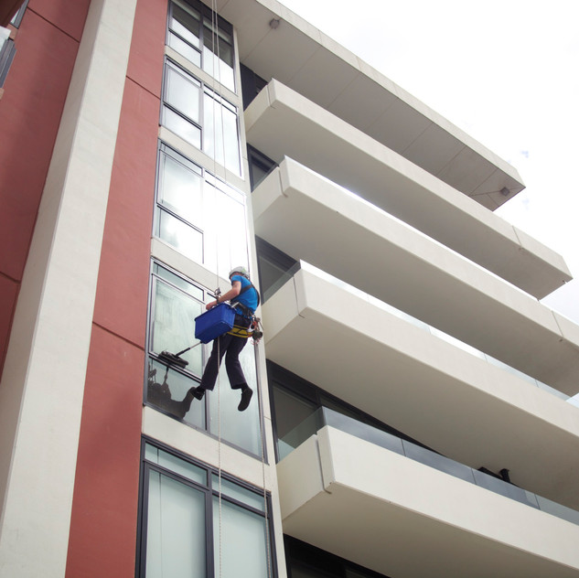 Abseiling Tommy
