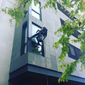Leighs Window Cleaning Rope Access