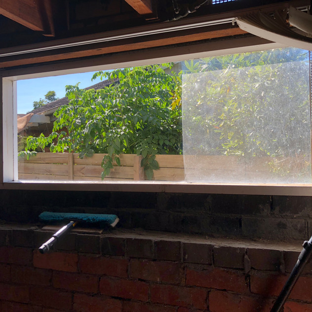 Leighs window cleaning before after II