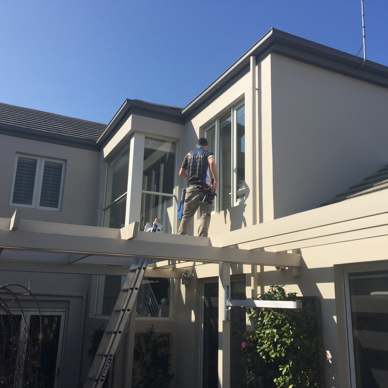 Leighs Window Cleaning PM