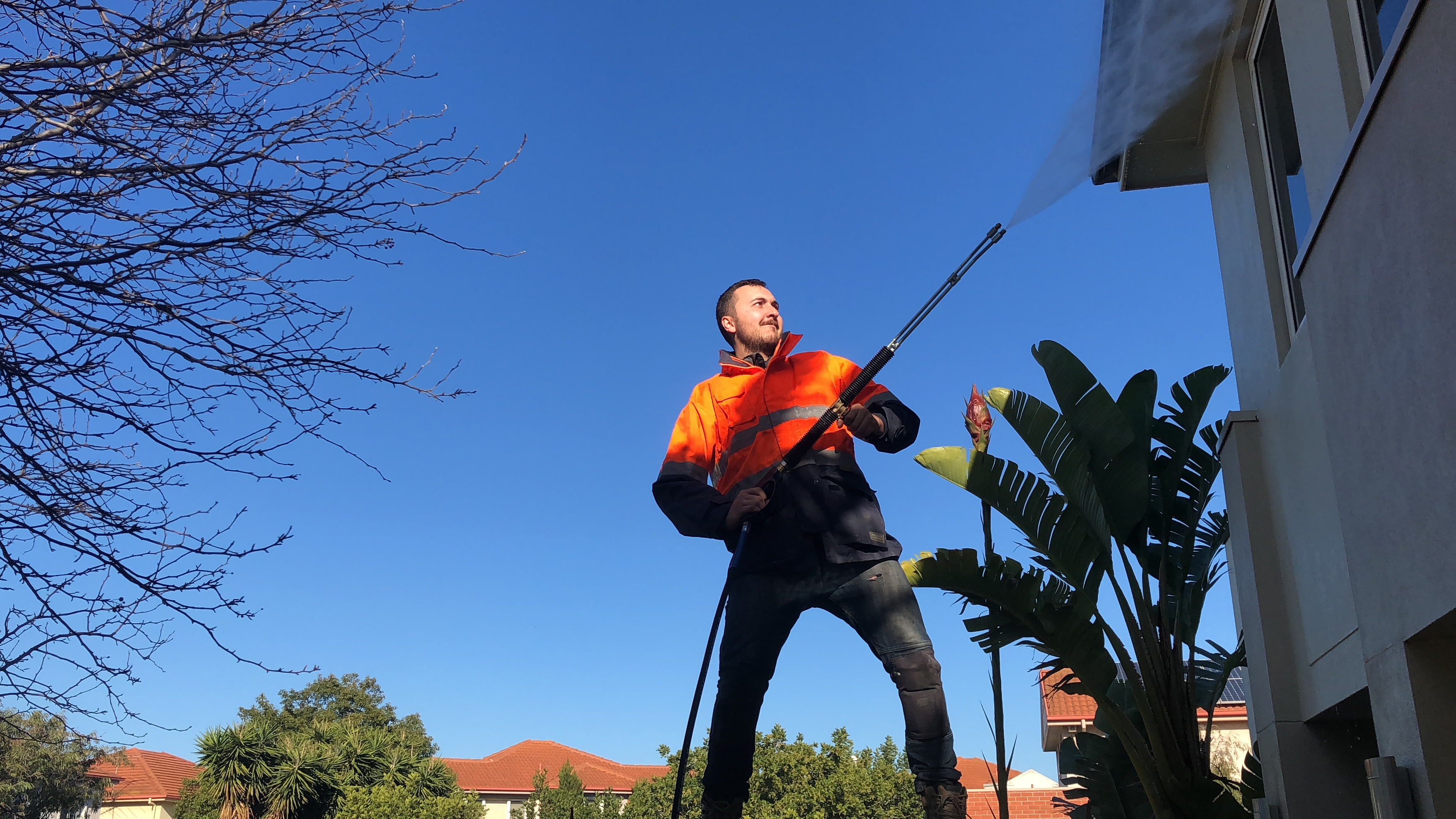 Pressure clean. Leighs window Cleaning Melbourne