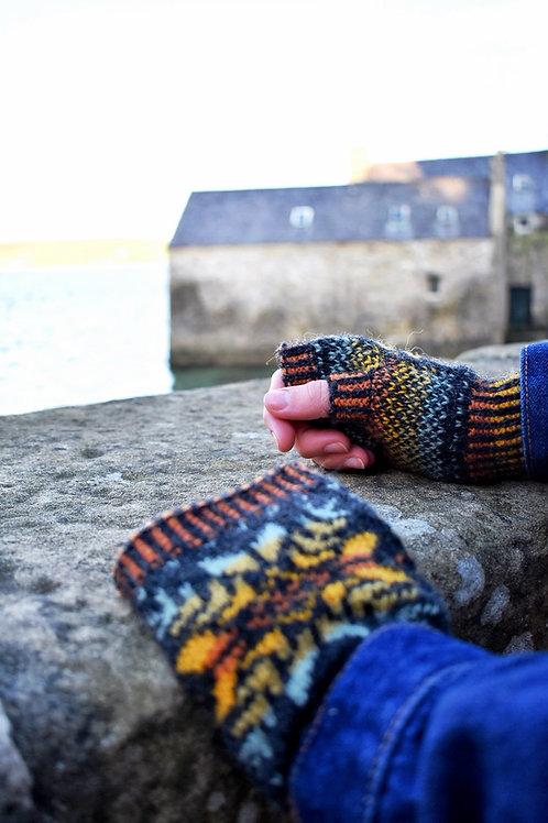 Up Helly Aa Wrist Warmers - Pattern