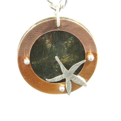 Starfish w/moss agate pendant