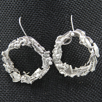 Seaweed circle earrings