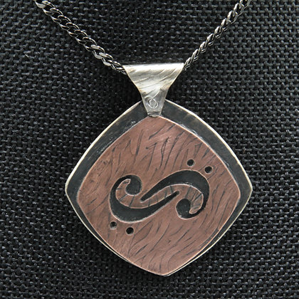 Double sided double bass pendant