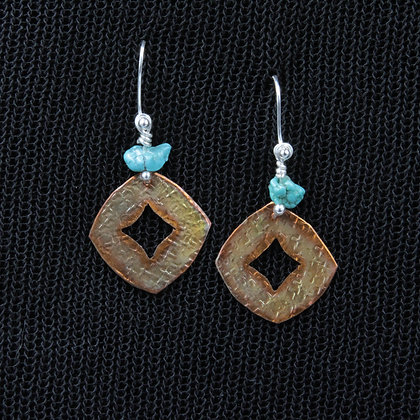 Copper cushion gem earring