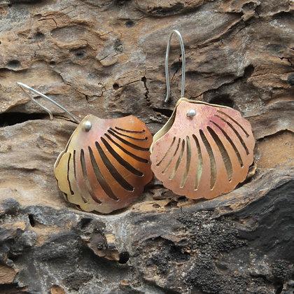 Scallop copper shell earrings