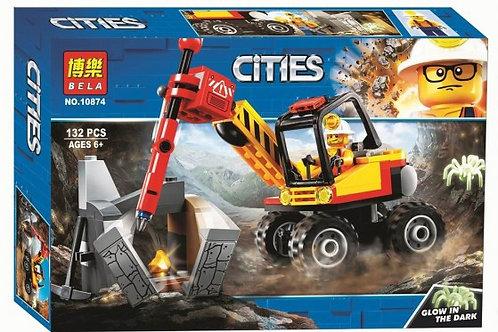"""Конструктор BELA 10874 Сити """"Трактор для горных работ"""" 132 дет. в коробке 26х18х"""