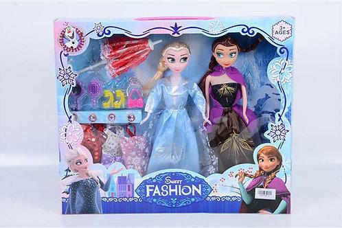Игрушка детская:Две куклы с набором в коробке