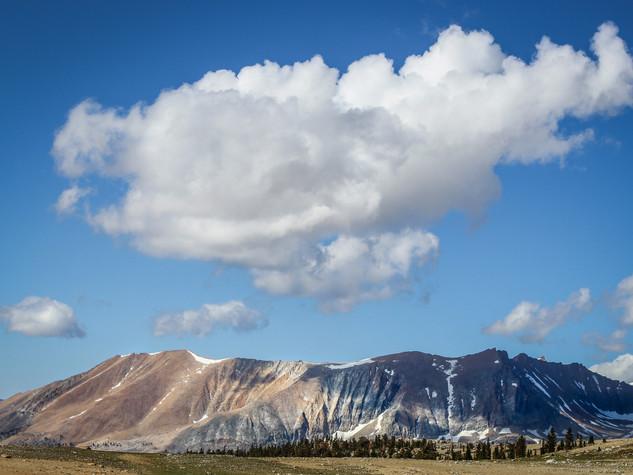 A Peak and Its' Cloud