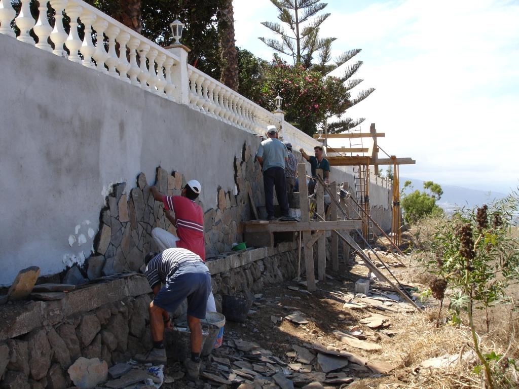 Muro_de_contención_Santa_Ursula_(1)