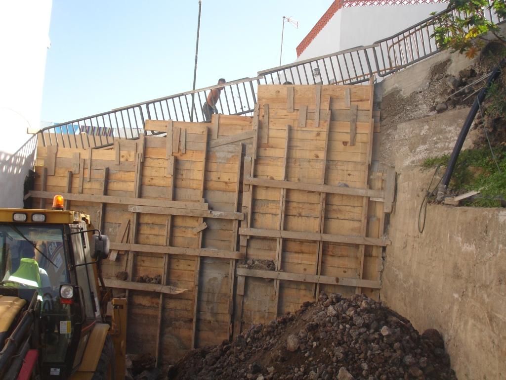 Muro_contención_Garachico_(2)