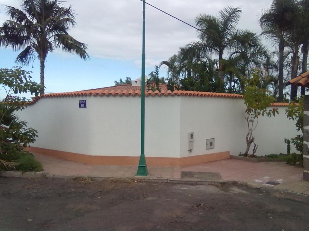 Refuerzo muro linde Puerto Cruz (3)