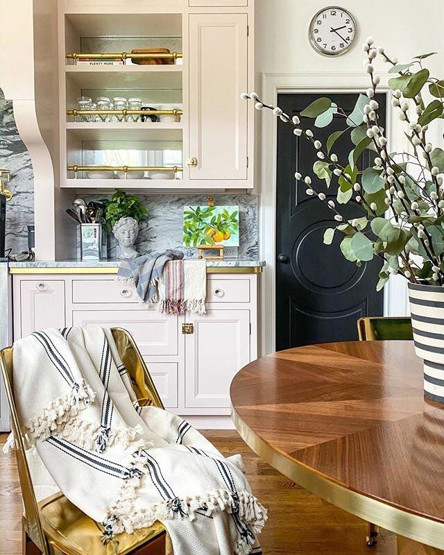 Charlotte Chateau Kitchen