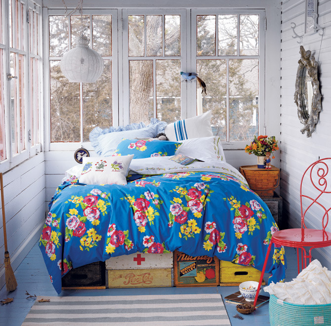 Land of Nod Petite Chateau Bedding