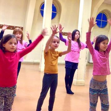 danse bollywood pour enfants
