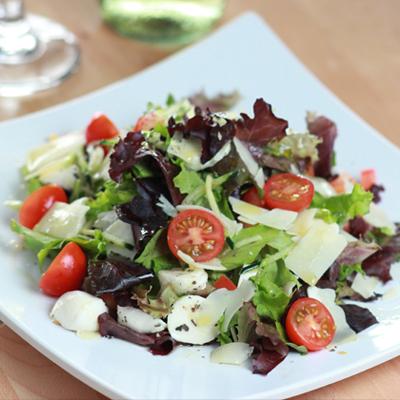 tricolore_salad